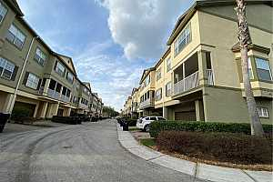 MLS # O5847145 : 2442 GRAND CENTRAL PKWY #7