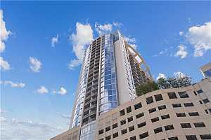 MLS # O5867812 : 155 S COURT AVE #1102