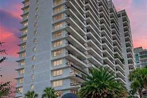 Browse active condo listings in 530 EAST CENTRAL