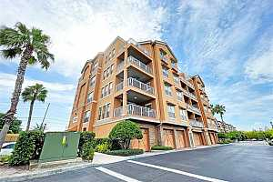Browse active condo listings in TOSCANA